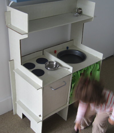 toy-kitchen-2.jpg